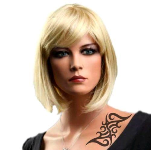 Kurze blonde haare glatt